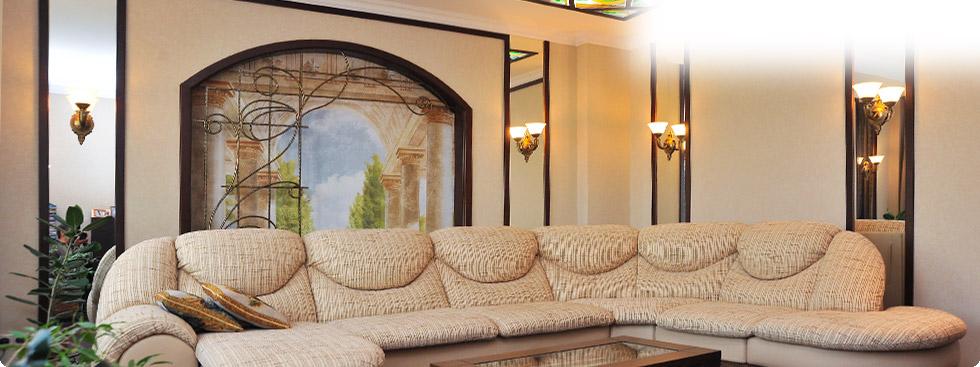 Дизайн интеьера черный диван 174